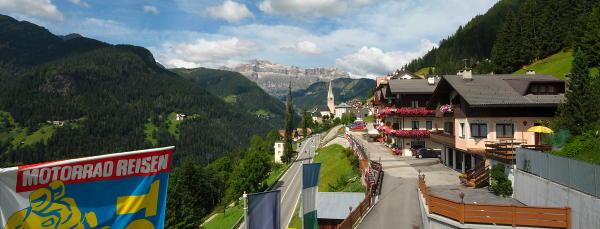 La posizione Hotel Cesa Padon Arabba - Pieve di Livinallongo
