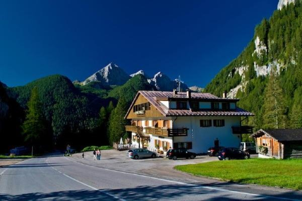 Foto estiva di presentazione Baita Dovich - Hotel 3 stelle