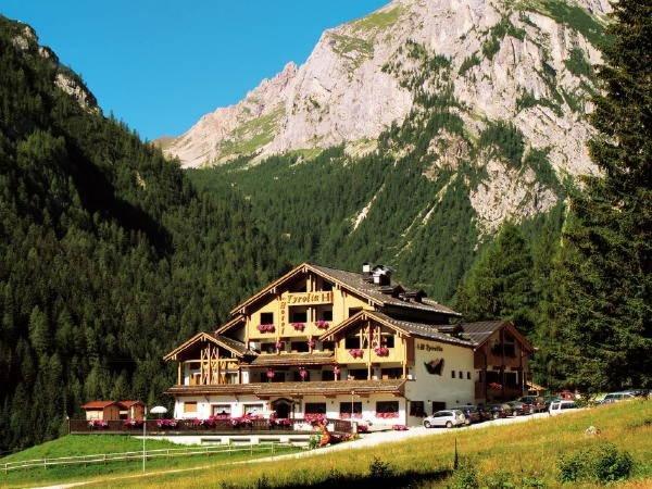 Foto estiva di presentazione Hotel Tyrolia