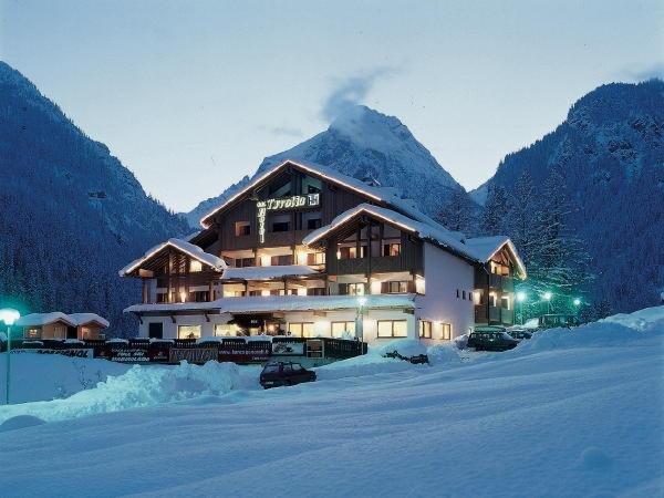 Foto invernale di presentazione Hotel Tyrolia