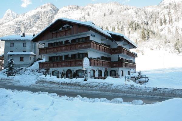 Foto invernale di presentazione Marianna - Hotel 3 stelle