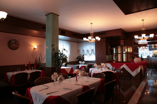 The restaurant Sottoguda (Marmolada) Marianna