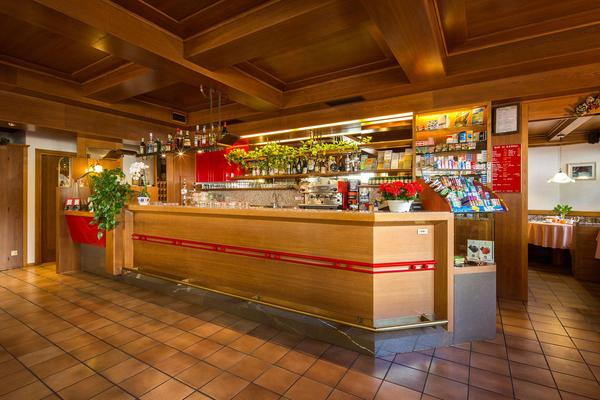 Foto del bar Garni-Hotel Ai Serrai