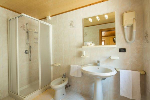 Foto del bagno Garni-Hotel Ai Serrai