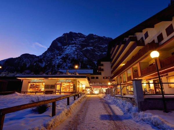 Photo exteriors in winter Principe Marmolada
