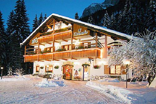 Photo exteriors in winter Il Cirmolo