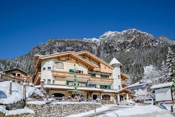 Foto invernale di presentazione Pineta Pastry Hotel