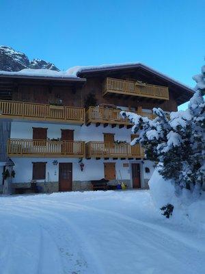 Photo exteriors in winter Marmolada
