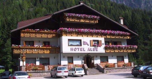 Summer presentation photo Hotel Albe