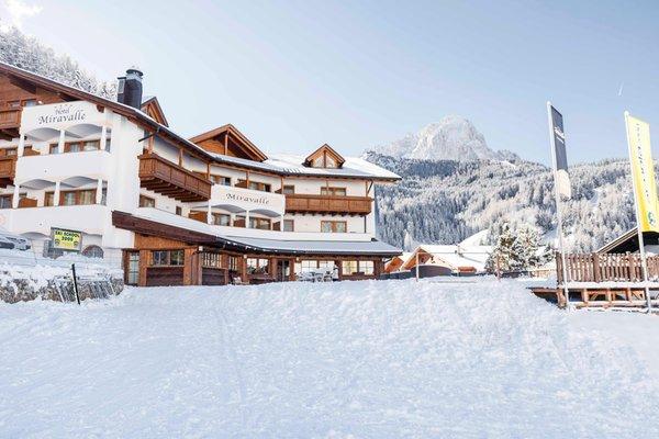 Foto Außenansicht im Winter Miravalle