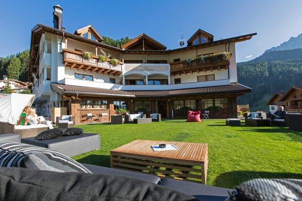 Summer presentation photo Miravalle - Hotel 4 stars