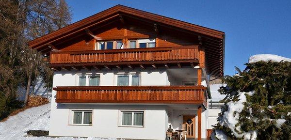 Foto invernale di presentazione Emi - Appartamenti 3 soli