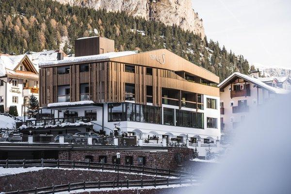 Foto invernale di presentazione Hotel Chalet S Dolomites