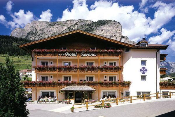 Foto estiva di presentazione Serena - Hotel 3 stelle