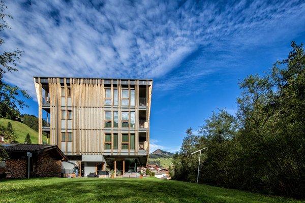 Mountain design hotel eden selva wolkenstein gr den for Wolkenstein design hotel