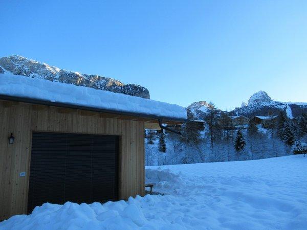 Foto esterno in inverno Chalet Dumbria Dolomites