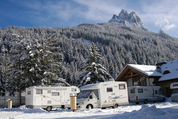 Foto esterno in inverno Catinaccio Rosengarten