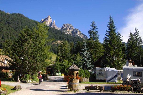 Foto estiva di presentazione Catinaccio Rosengarten - Campeggio