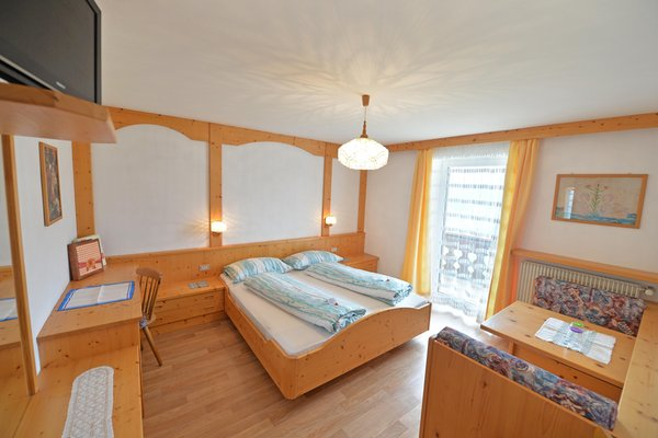Foto vom Zimmer B&B + Ferienwohnungen auf dem Bauernhof Tubla