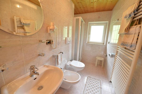 Foto del bagno B&B + Appartamenti Tubla
