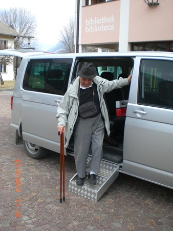 Taxi Motz TradItDeEn [it=Brunico e dintorni, de=Bruneck und Umgebung, en=Brunico / Bruneck and surroundings]