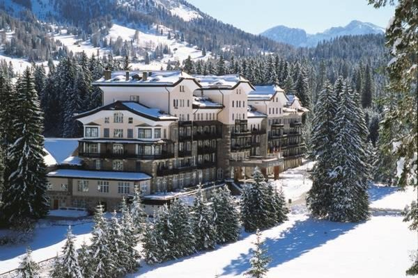 Residence grand hotel carezza carezza val d 39 ega for Appartamenti carezza