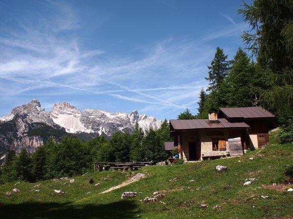 Presentation Photo Mountain hut Angelini Sora 'L Sass