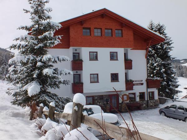 Foto invernale di presentazione Bruna - Residence 3 stelle