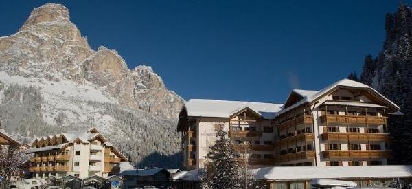 Foto invernale di presentazione Col Alto - Hotel 4 stelle