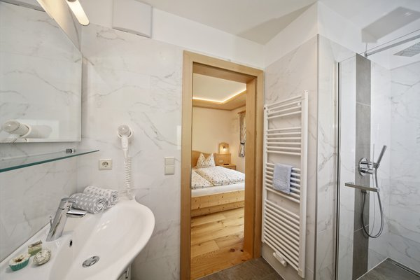 Foto del bagno Appartamenti in agriturismo Neuhaus
