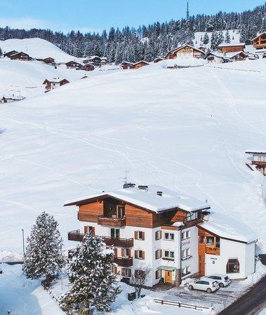 Foto invernale di presentazione Appartamenti Stevia