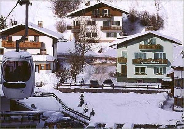 Foto esterno in inverno Pivan