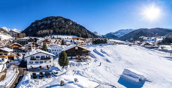 Foto esterno in inverno Tieja