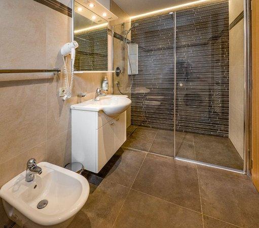 Photo of the bathroom Apartments Schlosser