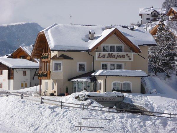Photo exteriors in winter La Majon & Dependance