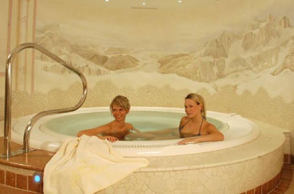 La piscina Gran Fanes - Hotel 3 stelle