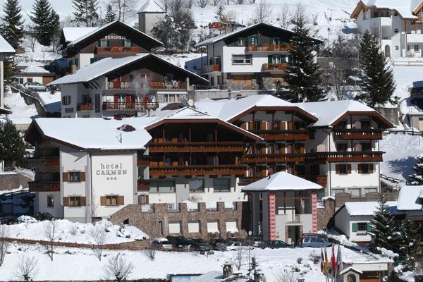 Foto invernale di presentazione Hotel Carmen
