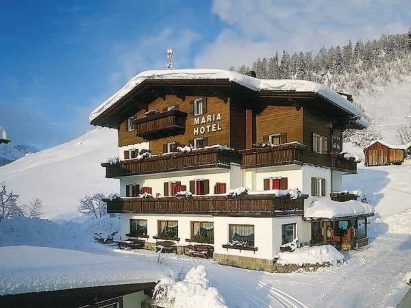 Foto invernale di presentazione Maria - Hotel 3 stelle