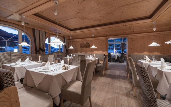 The restaurant Ortisei / St. Ulrich Alpenheim Charming & SPA Hotel