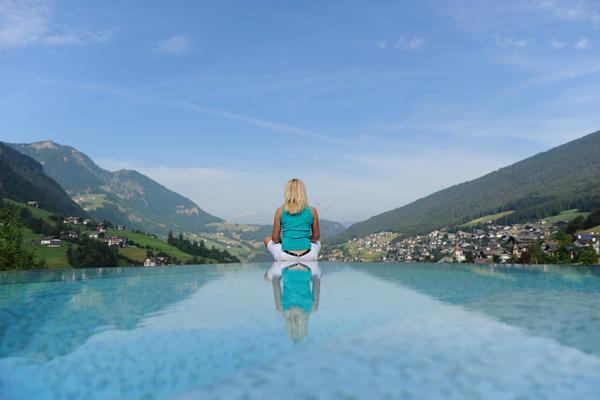La piscina Alpenheim Charming & SPA Hotel - Hotel 4 stelle