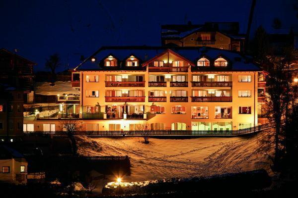 Foto invernale di presentazione Grones - Hotel 4 stelle