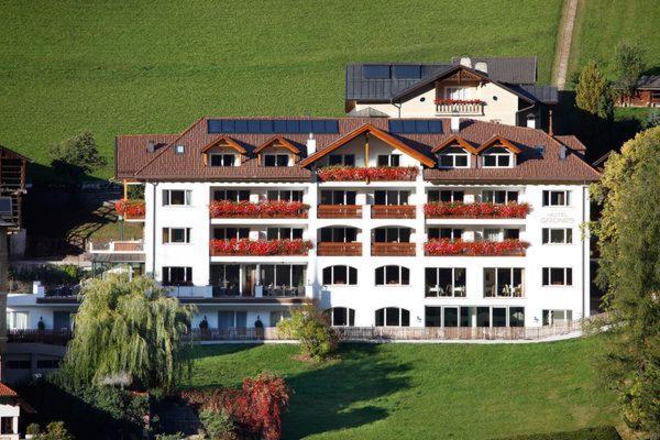 Foto estiva di presentazione Grones - Hotel 4 stelle