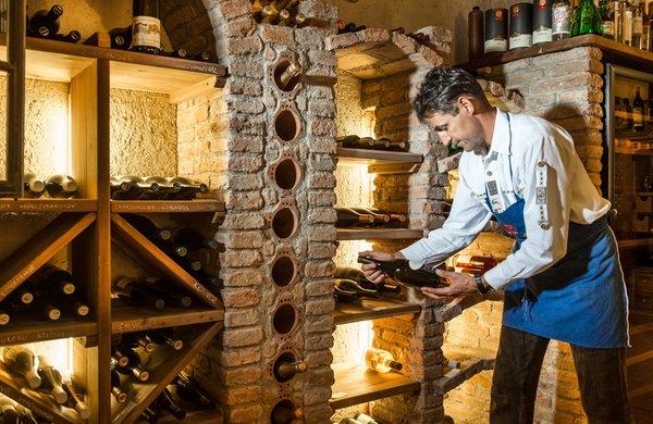 La cantina dei vini Ortisei Ansitz Jakoberhof