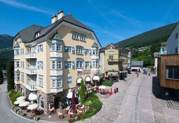 Foto estiva di presentazione Am Stetteneck - Hotel 3 stelle sup.