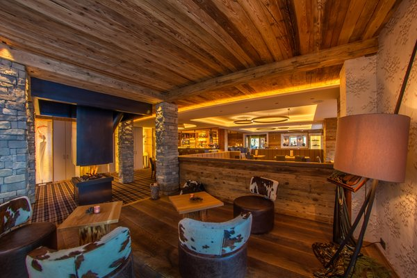 Foto von der Bar Hotel Albion Mountain Spa Resort Dolomites