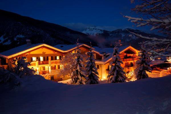 Foto invernale di presentazione Albion Mountain Spa Resort Dolomites - Hotel 4 stelle sup.
