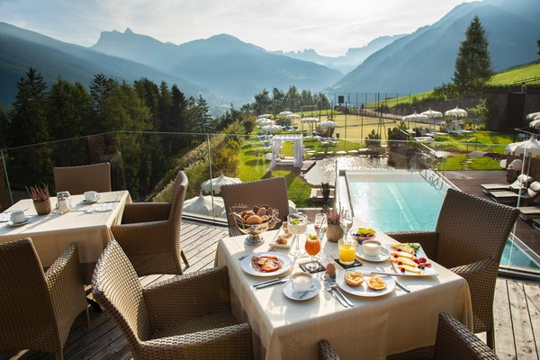 The breakfast Hotel Albion Mountain Spa Resort Dolomites