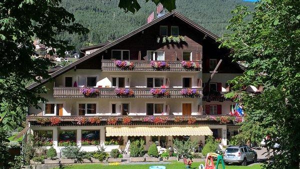 Sommer Präsentationsbild Hotel Rodes