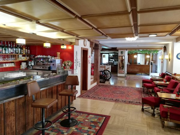 Foto von der Bar Hotel Rodes