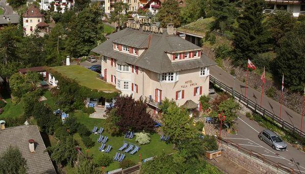 Foto estiva di presentazione Villa Emilia - Hotel 3 stelle